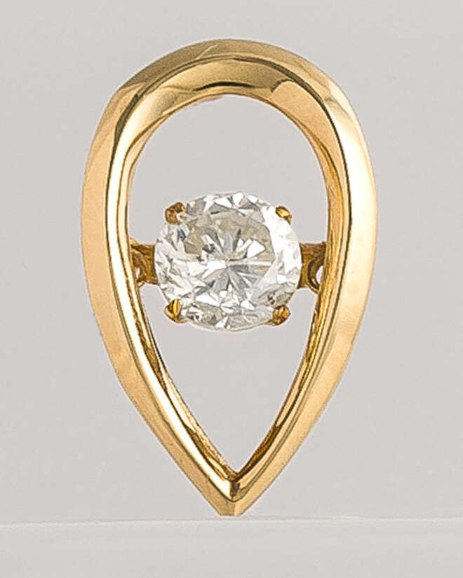 Dew Drop Yellow Gold Diamond Pendant